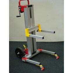 <p>Capacité 100 kg /</p> <p>Hauteur d'élévation 1700 mm</p>