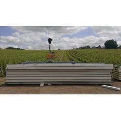<p>Capacité 250 Kg /<br />Pour la manutention de panneaux sandwich jusqu'à 12 000 mm ou 16 000 mm de long /</p> <p>Double position : Horizontale et verticale /<br />Fabriqués selon la norme EN 13155</p>
