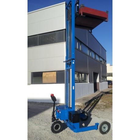"""<p><span style=""""text-decoration:underline;"""">Hauteur d'élévation de 3800 mm</span>, idéale pour charger et décharger les camions ainsi que pour le rangement en rack.<br />Capacité :<strong>1200Kg</strong>jusqu'à 1600 mm d'élévation</p> <ul><li>A 2000 mm, capacité résiduelle 600 Kg</li> <li>A 2500 mm, capacité résiduelle 300 Kg</li> <li>A partir de 3000 mm, capacité résiduelle 200 Kg</li> </ul>"""
