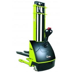 <p>Capacité : 1200 Kg</p> <p>Hauteur d'élévation : 2900 mm</p> <p>Autonomie 3 ou 5 heures (Version Plus)</p>