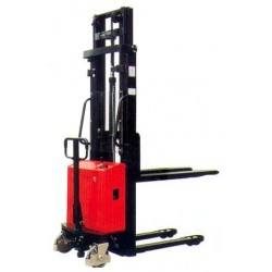 <p>Capacité 1000 kg / Hauteur d'élévation 3300 mm</p>