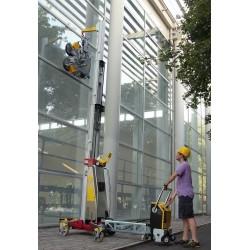 <p>Elévateur de charge jusqu'à 4800 mm, capacité 500 Kg, démontable en 3 éléments, élévation éléctrique</p>