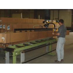 <p>Manutention de carton type long et fin<br />Avec un points standard constaté de maxi 150 Kg</p>