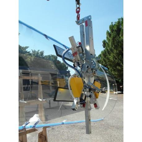 Capacité 400 Kg / 4 ventouses réglables de 830*170 mm / Conçu pour la manutention de vitrage courbé sur chantier / Conforme EN 13155